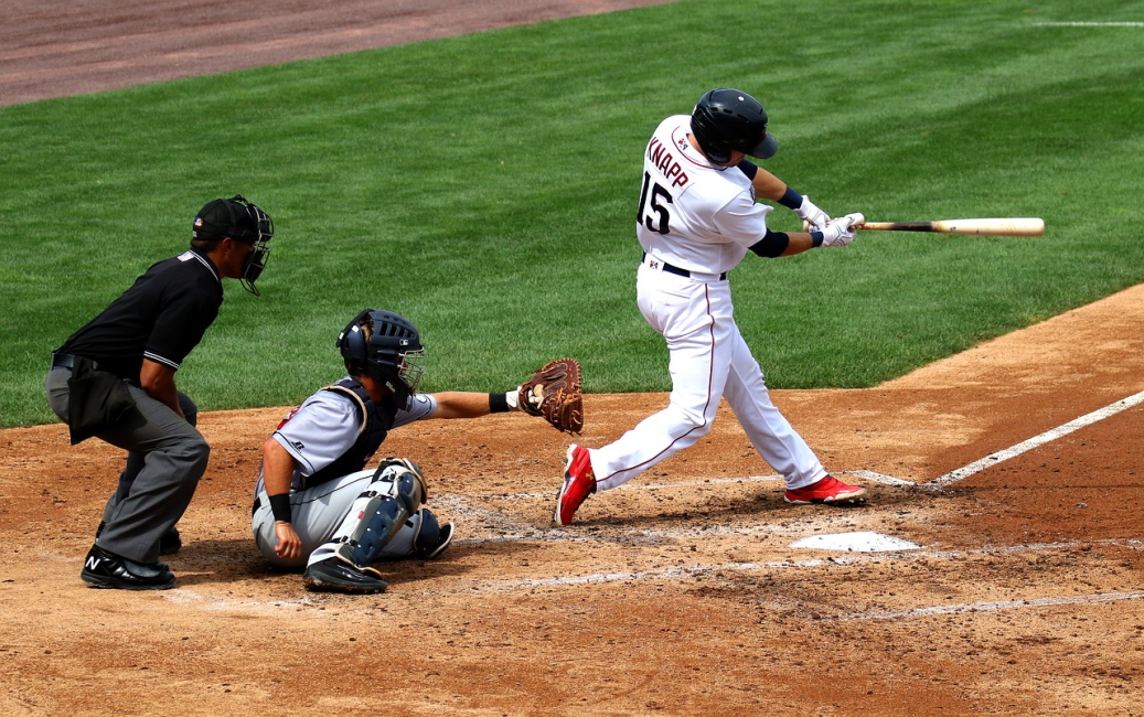 Baseball betting tips compare binary options brokers