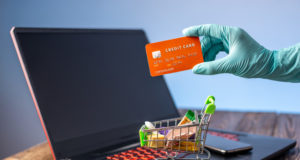 https://www.freepik.com/premium-photo/hand-sterile-glove-holds-shopping-cart-with-credit-card-internet-purchasing-during-coronavirus-pandemic_7915944.htm#page=1&query=covid%20credit%20card&position=43