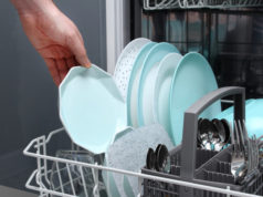 https://www.freepik.com/premium-photo/man-empty-out-dishwasher-kitchen-close-up-male-hands-loading-dishes-dishwasher_6719351.htm#page=2&query=dishwasher&position=11