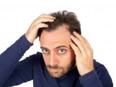 https://www.freepik.com/premium-photo/man-controls-hair-loss_4152144.htm#page=1&query=man%20checking%20hairline&position=4