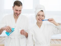 https://www.freepik.com/free-photo/couple-brushing-their-teeth-using-mouthwash_6378703.htm#page=4&query=brush+teeth&position=3