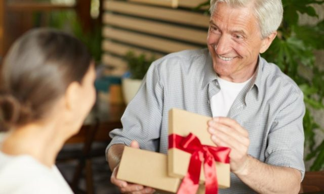 3 Ways to Make Your Grandparent's Birthday Special