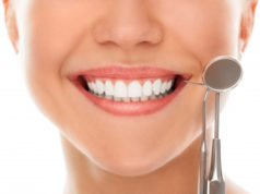 https://www.freepik.com/free-photo/dentist-with-smile_5904232.htm#page=1&query=dentist&position=36