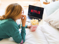 https://www.freepik.com/free-photo/modern-device-with-netflix-app_3377954.htm#page=1&query=watching%20device&position=36