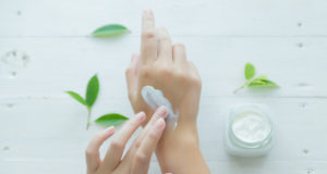 https://www.freepik.com/free-photo/woman-holds-jar-with-cosmetic-cream-her-hands_4721891.htm#page=1&query=moisturizing%20the%20skin&position=30