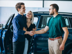 https://www.freepik.com/free-photo/young-family-buying-car-car-showroom_5508118.htm#page=5&query=car+salesman&position=24