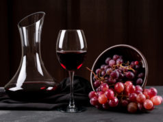 https://www.freepik.com/free-photo/side-view-jug-with-red-wine-grape-dark-horizontal_7846724.htm#page=1&query=merlot%20grapes&position=2