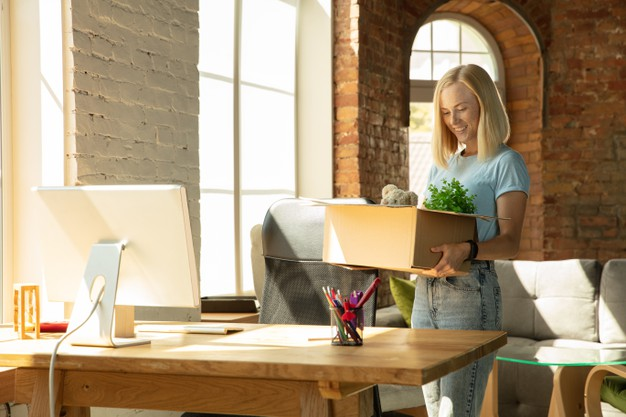 https://www.freepik.com/free-photo/young-businesswoman-moving-office-getting-new-work-place-young-caucasian-female-office-worker-equips-new-cabinet-after-promotion-looks-happy-business-lifestyle-new-life-concept_11529992.htm#page=2&query=business+move&position=6