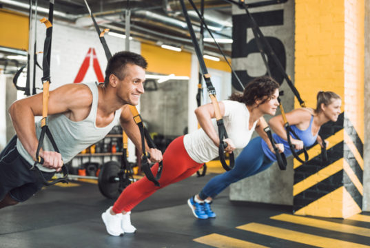 https://www.freepik.com/premium-photo/group-athletic-people-exercising-with-fitness-strap-health-cub_3596590.htm#page=1&query=group%20workout&position=39