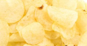 https://www.freepik.com/free-photo/snack-spicy-golden-salted-tasty_1104255.htm#page=1&query=potato%20chips&position=47