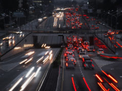 https://www.freepik.com/premium-photo/night-traffic-lots-carlights-red-white_8807564.htm#page=1&query=traffic&position=18