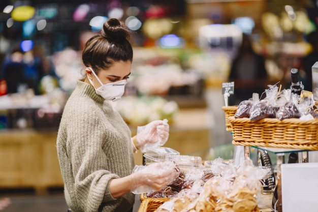 https://www.freepik.com/free-photo/woman-protective-mask-supermarket_8355199.htm#page=1&query=covid%20grocery&position=25