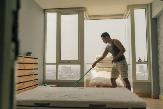 https://www.freepik.com/premium-photo/asian-man-is-cleaning-his-bedroom-with-warm-summer-light_4497280.htm#page=2&query=bed+bugs&position=20