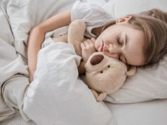 https://www.freepik.com/free-photo/cute-little-girl-bed-with-soft-toy_10896500.htm