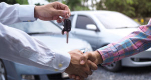 https://www.freepik.com/premium-photo/car-salesman-is-handing-keys-buyer-after-lease-has-been-agreed_7420244.htm#page=1&query=used%20car%20dealership&position=36