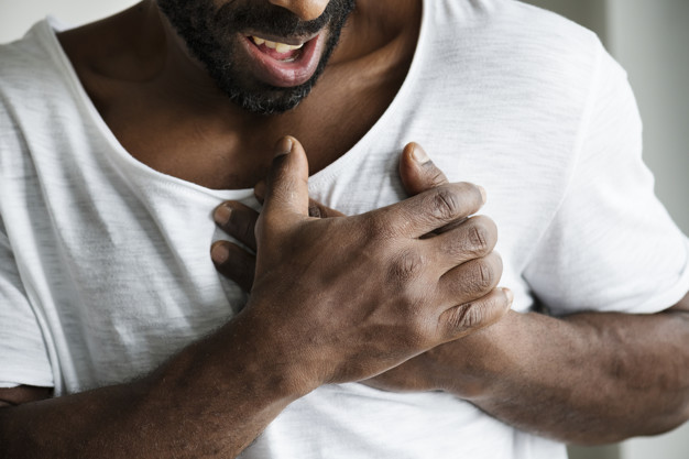 https://www.freepik.com/free-photo/black-man-having-heart-attack_2892733.htm#page=1&query=heart%20attack&position=18