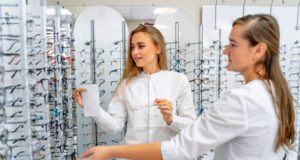 https://www.freepik.com/premium-photo/happy-female-client-optician-is-standing-with-raw-glasses-background-optical-shop_13325923.htm?query=eyeglasses
