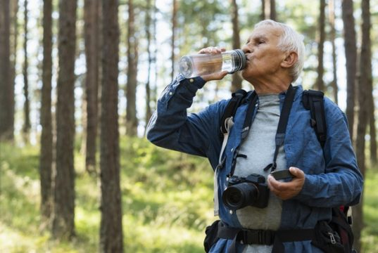https://www.freepik.com/free-photo/older-man-staying-hydrated-while-traveling-outdoors_9722177.htm#page=1&query=staying%20hydrated&position=20