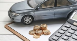 https://www.freepik.com/free-photo/car-model-calculator-coins-white-table_1192518.htm#page=1&query=auto%20lease&position=11