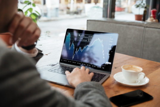 https://www.freepik.com/free-photo/cropped-image-businessman-sitting-by-table-cafe-analyzing-indicators_6876010.htm#page=1&query=stock%20market&position=25