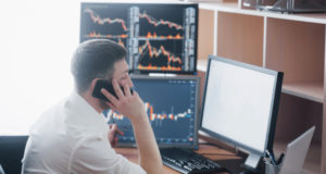 https://www.freepik.com/free-photo/shoulder-view-stock-broker-trading-online-while-accepting-orders-by-phone-multiple-computer-screens-ful-charts-data-analyses-background_9277176.htm#page=5&query=stock%20trading&position=19