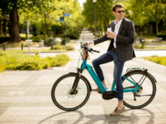 https://www.freepik.com/premium-photo/handsome-young-businessman-ebike-with-takeaway-coffee-cup_13584835.htm#page=1&query=ebike&position=19