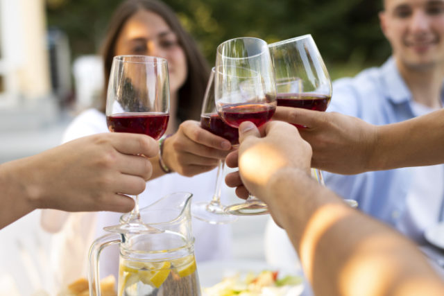 https://www.freepik.com/free-photo/friends-clinking-wine-glasses-close-up_17798334.htm#page=1&query=food%20wine&position=8