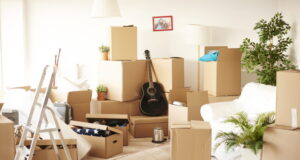 https://www.freepik.com/free-photo/top-view-messy-full-moving-boxes-room_15973330.htm#page=1&query=moving&position=21