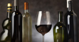 https://www.freepik.com/free-photo/glass-with-arrangement-wine-bottles_5263472.htm#page=1&query=wine&position=36&from_view=search
